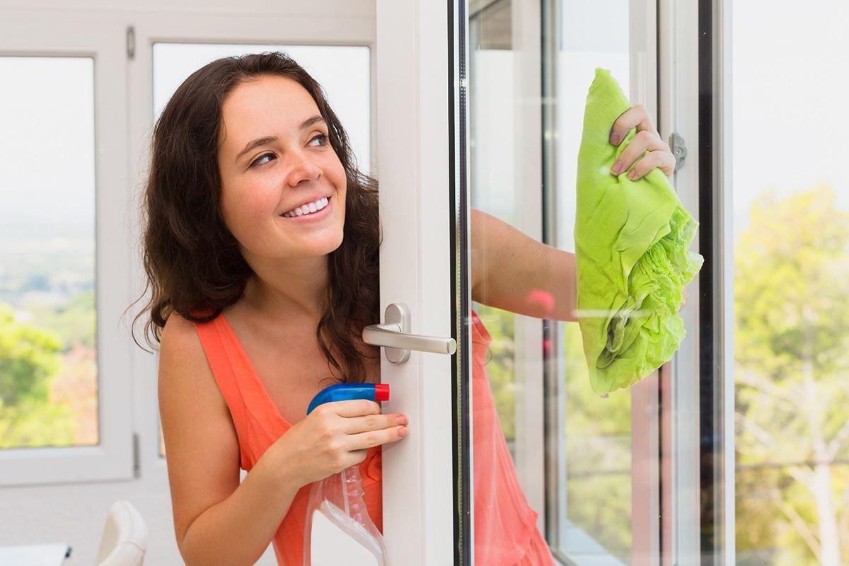 windows washing service in Dubai